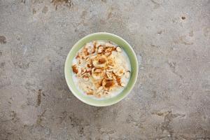 Banana, almond and cinnamon