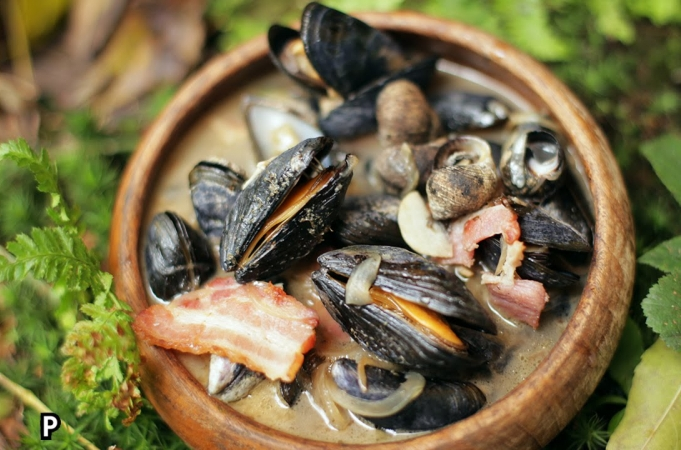 Mussel & Bacon Stew