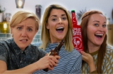 Hannah Hart, Mamrie Hart & Grace Helbig | Drinks Tube UK vs USA Beer Challenge