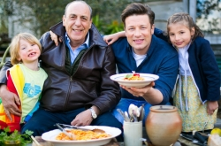 Spaghetti Arrabiata | Jamie Oliver & Gennaro Contaldo | Real Time (ish) Recipes