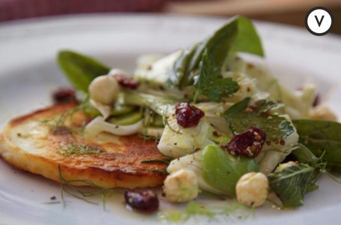 Aussie Christmas Halloumi Salad