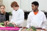 How to prepare broccoli and cauliflower - Jamie Oliver's Home Cooking Skills