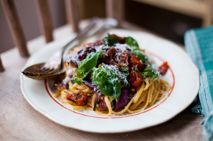 Smashed Tomato Pasta with Donal Skehan