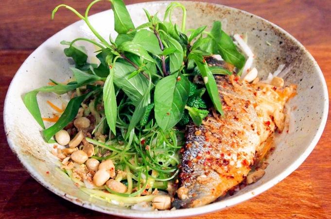 Seabass & Lemongrass Noodle Bowl