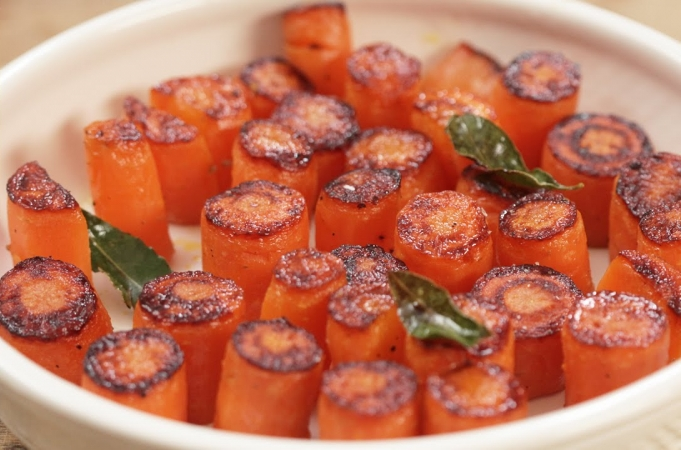 Jamie Oliver's food team  - Sexy carrots