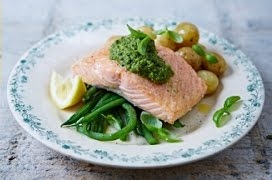 Pan-fried Salmon & Pesto Veg