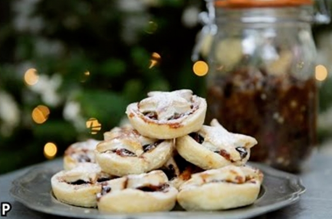 Christmas Tricks and Tips from Jamie's Food Team