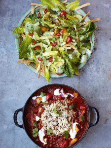 Veggie chilli with crunchy tortilla & avocado salad
