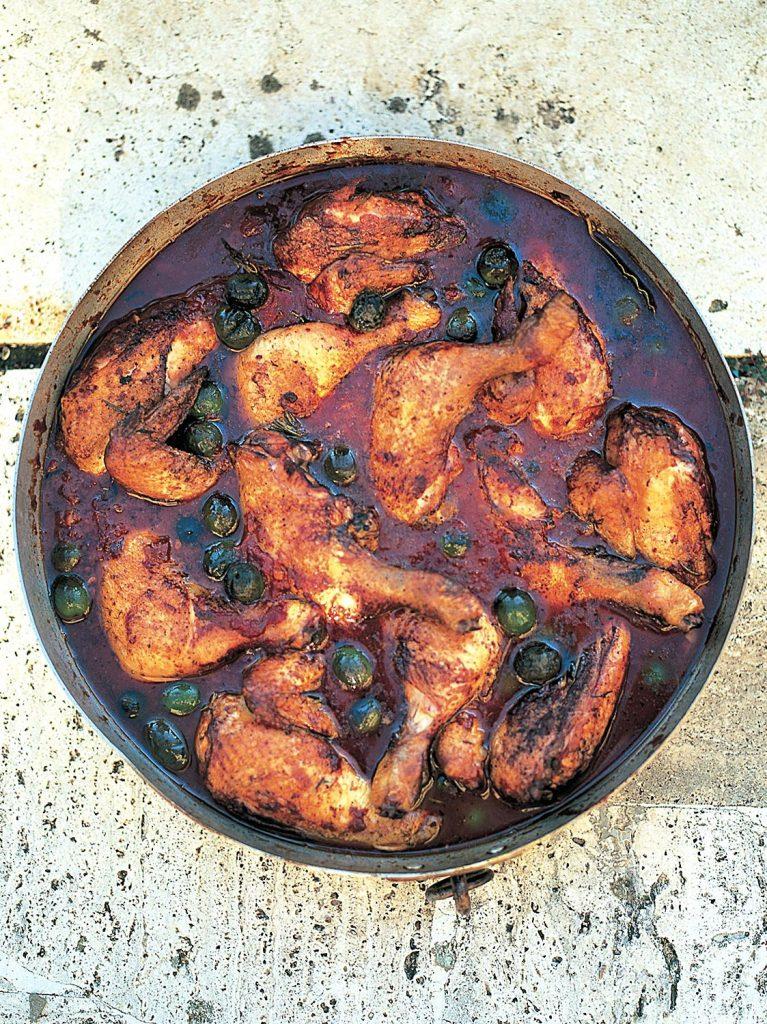 Hunter's chicken stew (Pollo alla cacciatora)