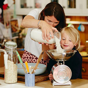 Recipes, tips and tricks for feeding little ones