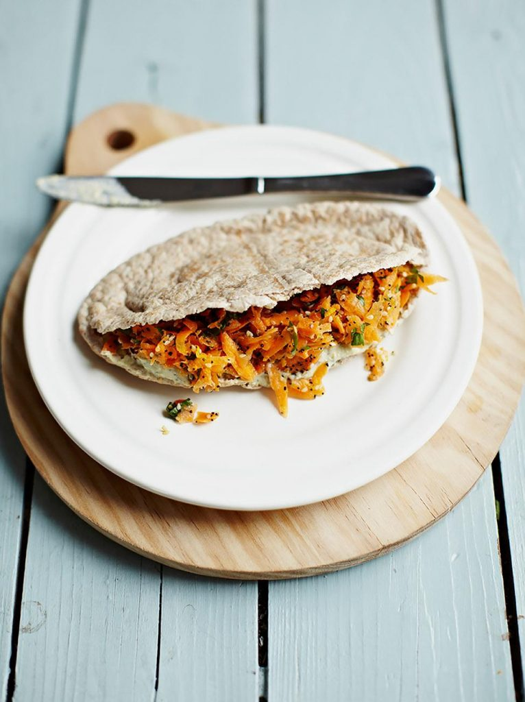 Crunchy carrot pittas