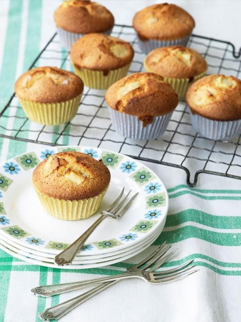 Gluten-free apple almond and cardamom cupcakes