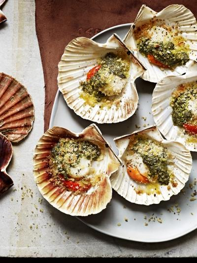 21 Recipes For The Ultimate Valentine S Day Dinner Loading Strawberry Champagne Grilled Scallops