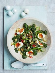 Broccoli & boiled egg salad