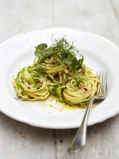 Asparagus & crab linguine