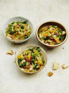 Jools' wholesome veg & bean soup