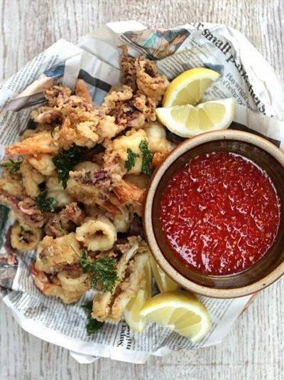 Crispy squid & prawns