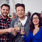 jamie oliver posing with aussie winners
