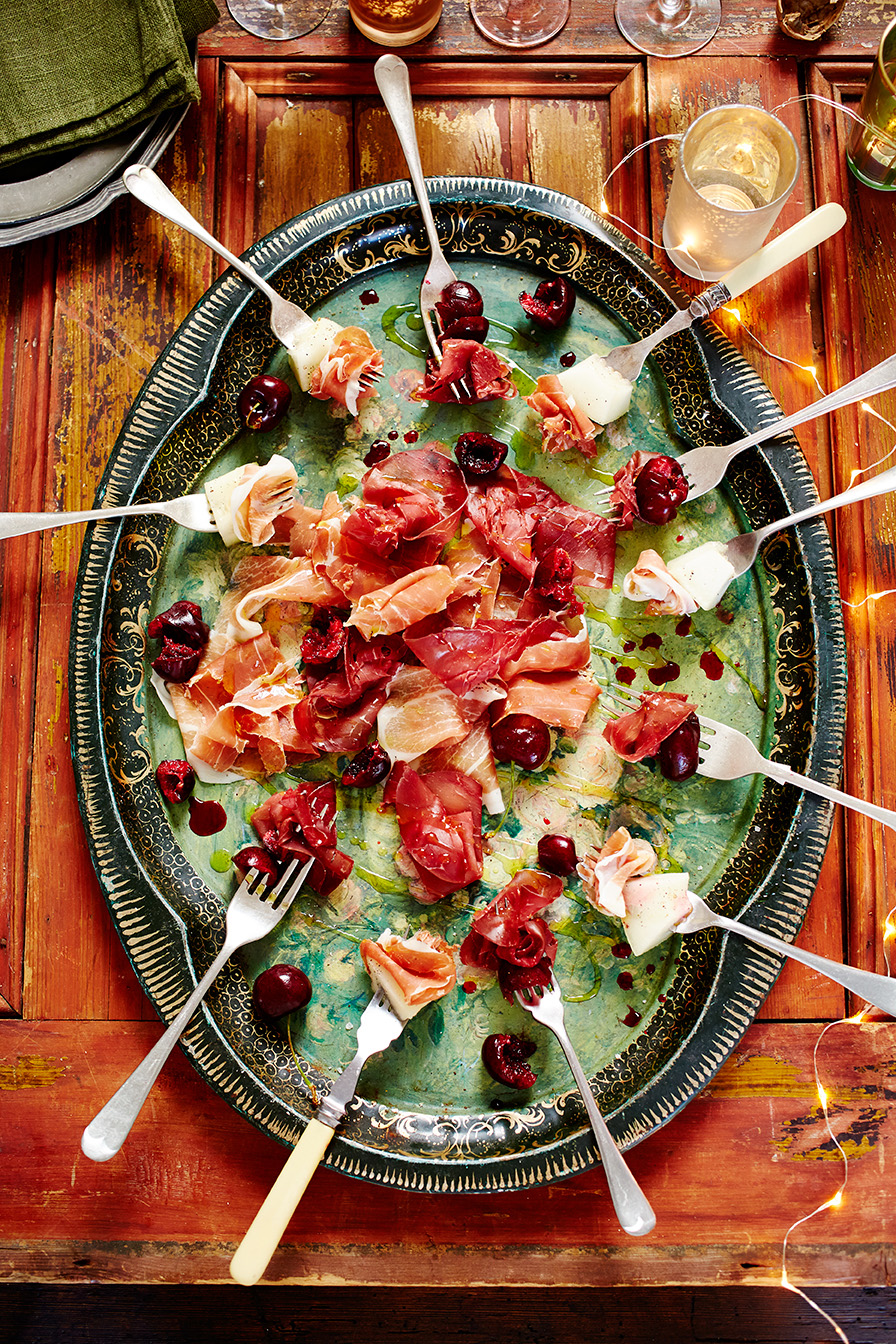 Jamie's delicious New Year party ideas - Jamie Oliver ...