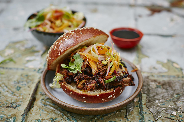 Sunday lunch recipes jamie oliver slow cooker red roast pulled pork forumfinder Image collections