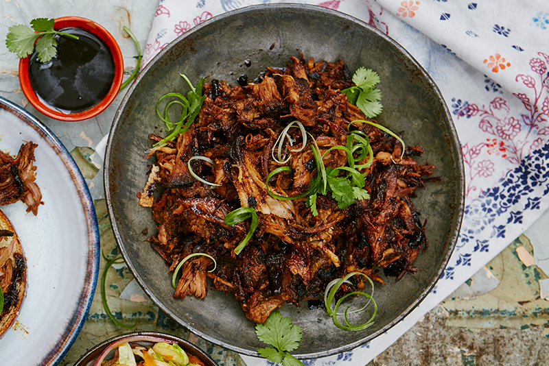 Wonderful one bowl dishes inspired by china features jamie oliver one bowl dishes forumfinder Image collections