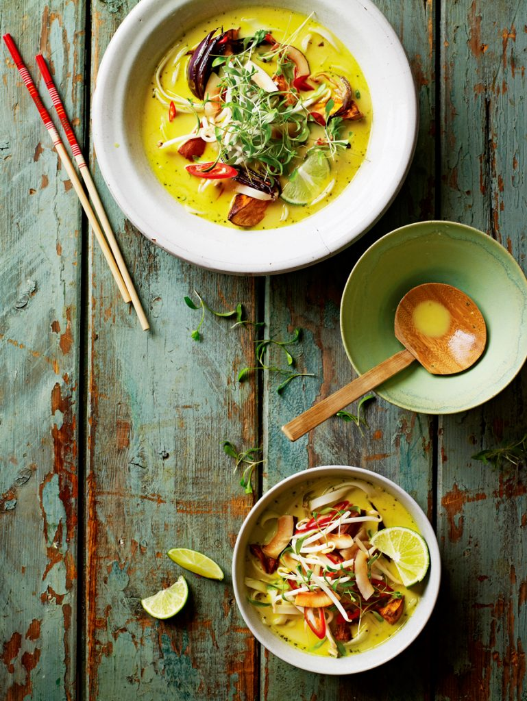 Cook up a storm with homemade chinese takeaway dishes jamie oliver homemade chinese takeaway forumfinder Images