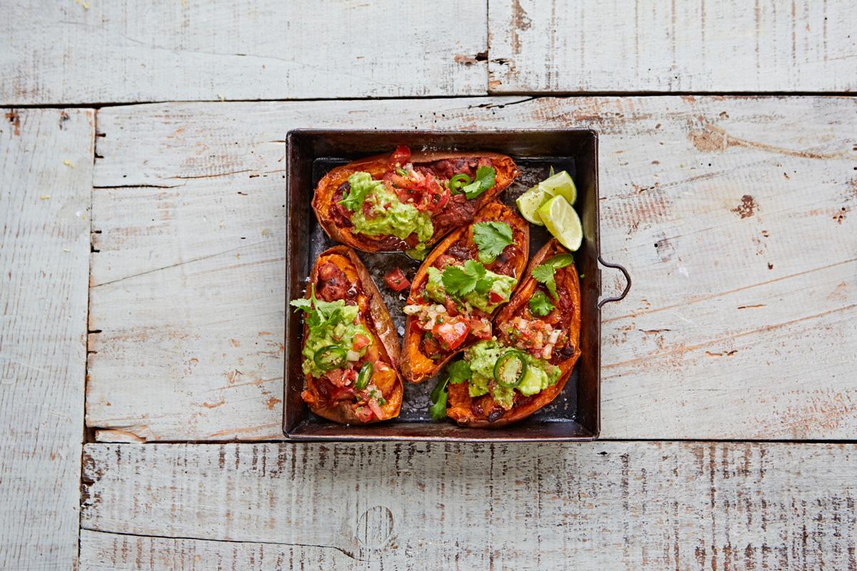 Veggie_chilli_guacamole_salsa_sweetpotato_skins_16299_preview