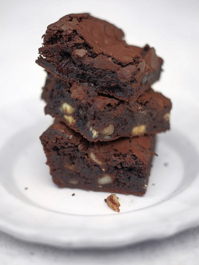 Gooey And Chocolatey These Brownies Are A Version Of The Clic With Nuts Sour Cherries They Re Just Right Balance Oozy Chocolate