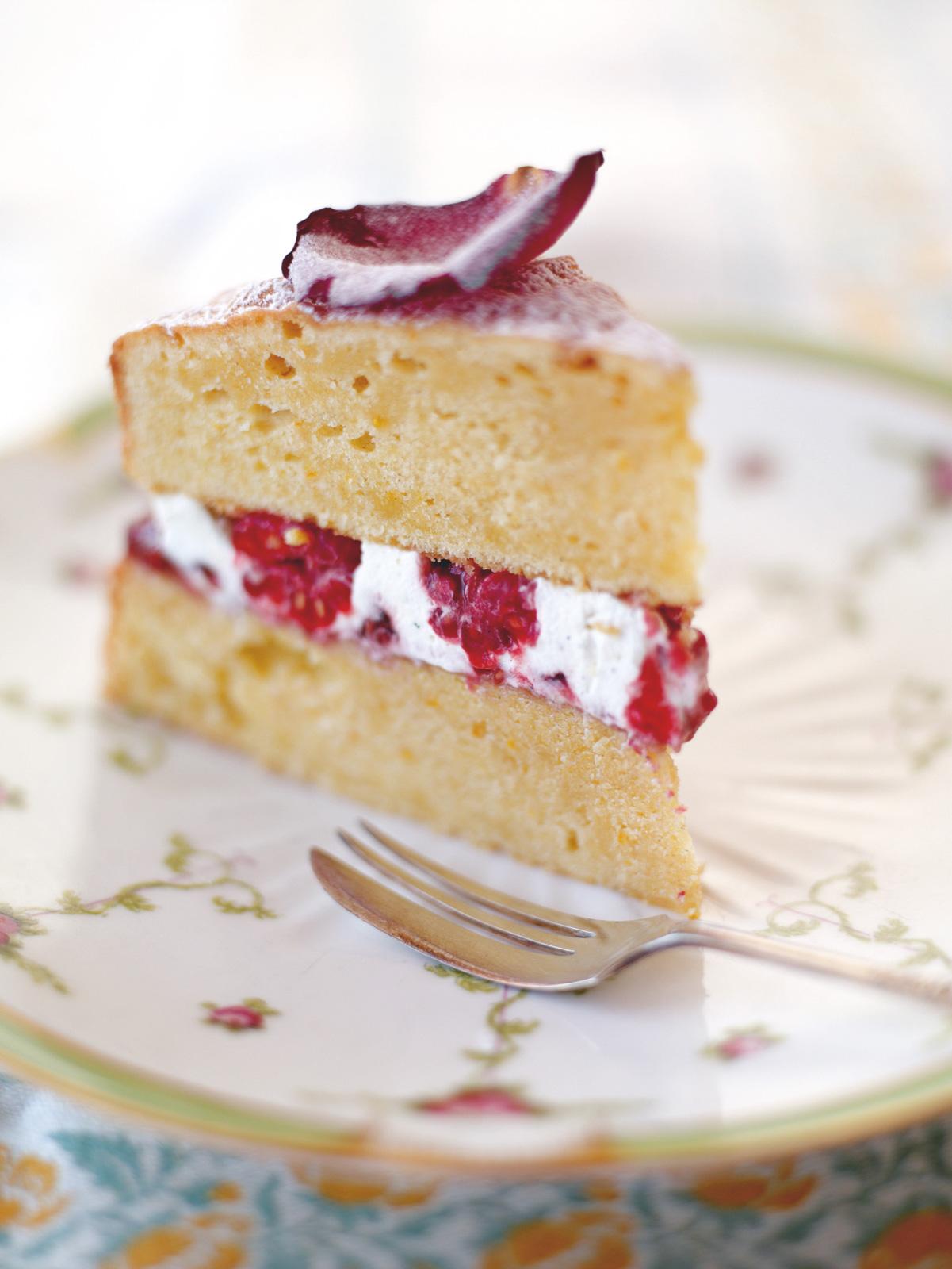 Queen Victoria sponge | Fruit recipes | Jamie Oliver recipes