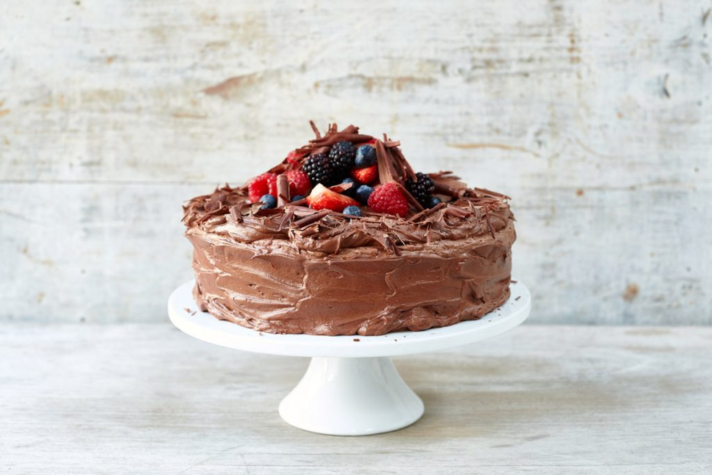 How To Make A Classic Chocolate Cake Recipe With Buttercream Icing