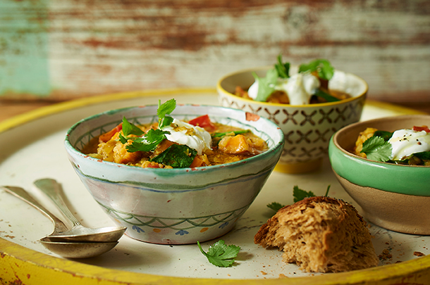 Healthy lentil tomato spinach soup jamie oliver features forumfinder Images