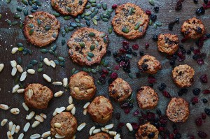 Oaty gluten-free cookies: one dough, four ways