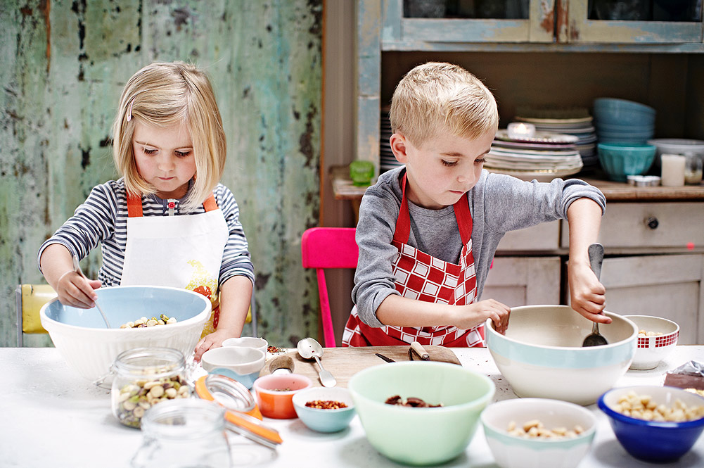 Edible gifts to make with the kids this Christmas - Jamie Oliver ...
