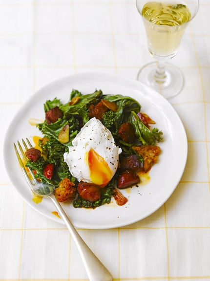 Image of kale, chorizo and poached egg