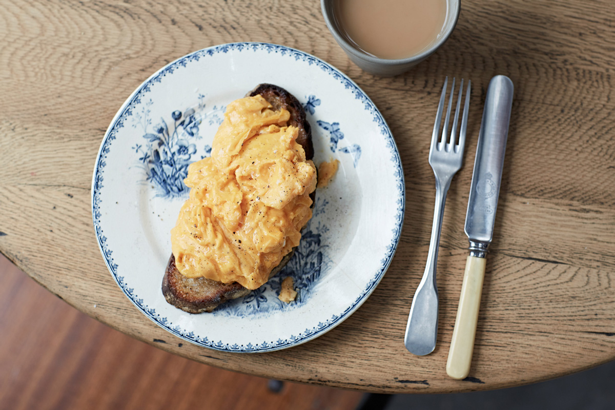 How to make perfect scrambled eggs jamie oliver find out how to make ccuart Choice Image