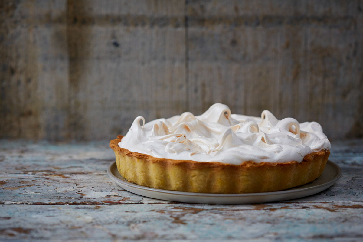 Image of cooked lemon meringue pie