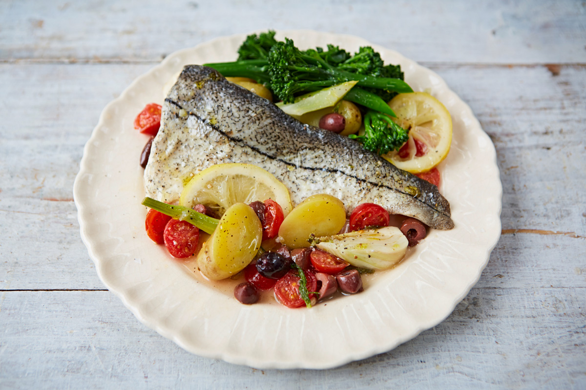 How to cook fish in a foil bag jamie oliver features for How to make fish