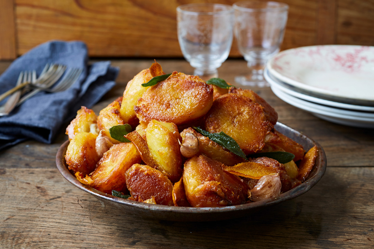 How to make perfect roast potatoes jamie oliver features - Potatoes choose depending food want prepare ...