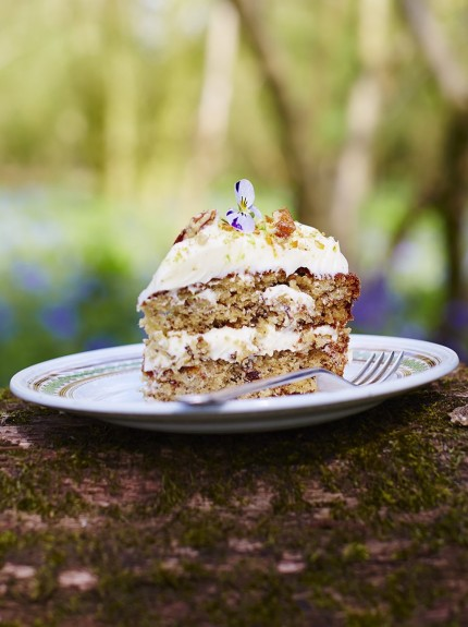 Hummingbird Vanilla Sponge Cake Recipe