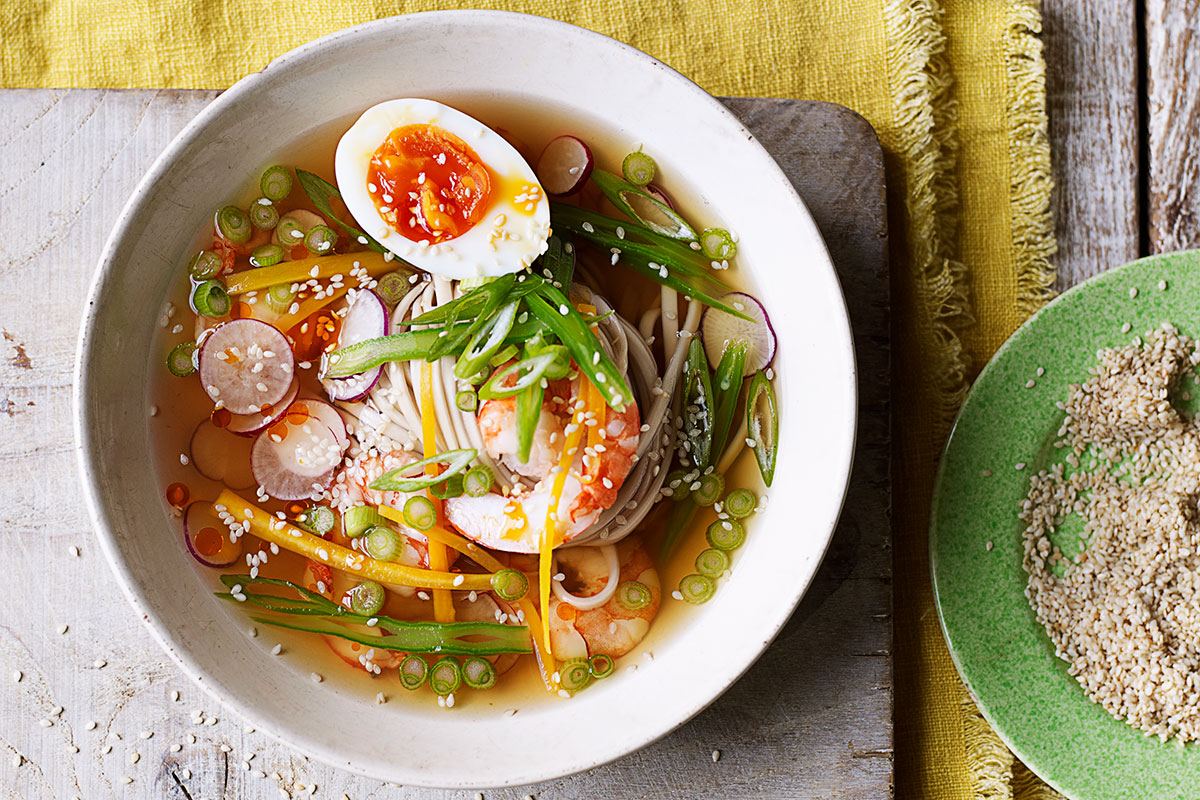 Skill School: Clear Asian noodle soup with prawns