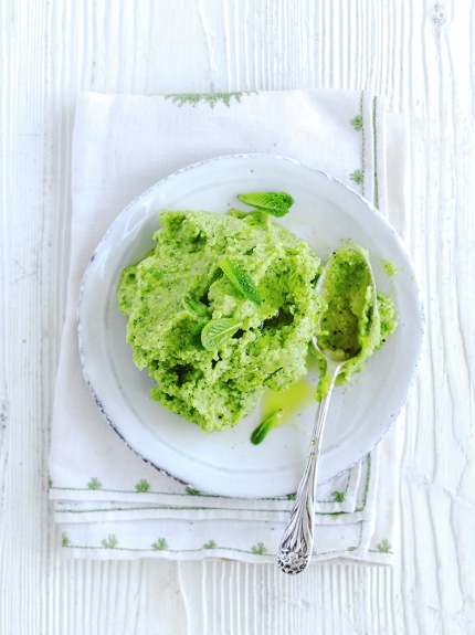 Easy dips - broad bean