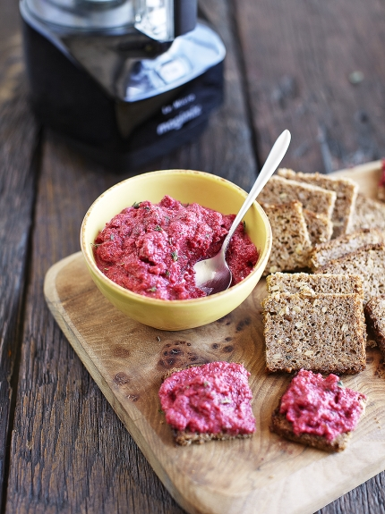 Easy dips – beetroot