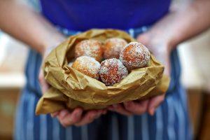 Vegan baking: cake and cookies