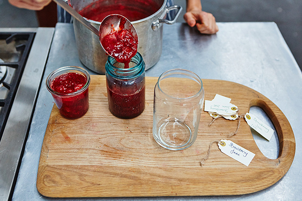 Preserving summer - how to make your own jam