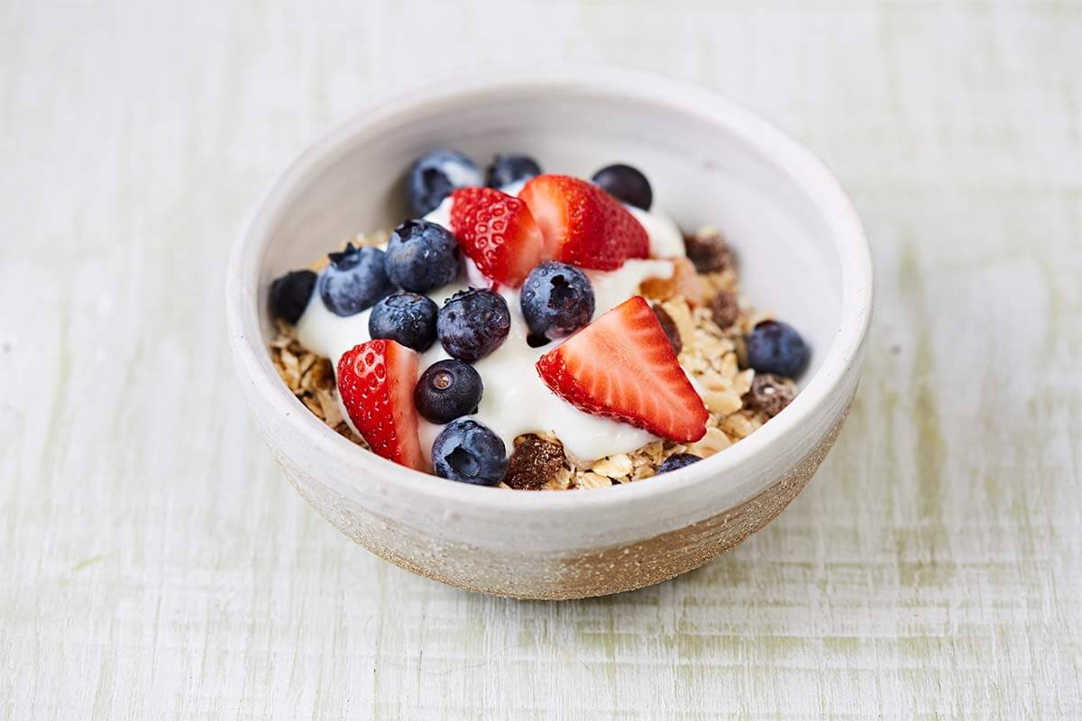 Breakfast cereals whats in the box jamie oliver features cereal with yoghurt and fruits ccuart Choice Image