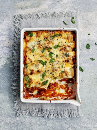 cannelloni with beef rag and gorgonzola beef recipes jamie magazine. Black Bedroom Furniture Sets. Home Design Ideas