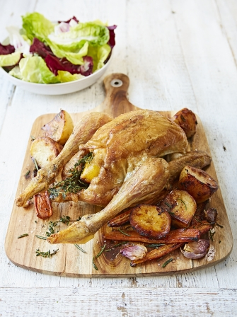 Roast chicken with potatoes & carrots