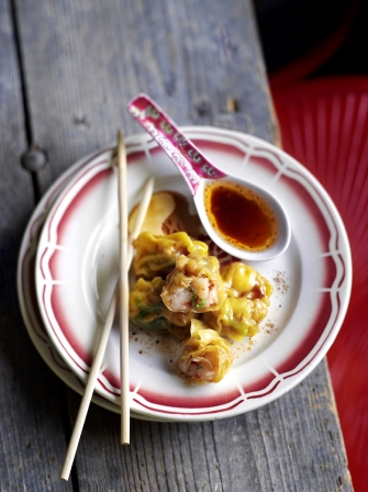 Boiled prawn wontons with chilli dressing