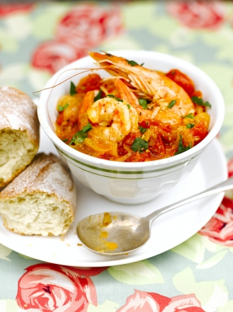 Spanish style prawns with fennel seafood recipes jamie magazine spanish style prawns with fennel forumfinder Image collections