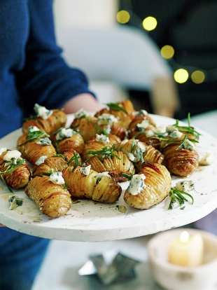 Hasselback potatoes with gorgonzola & honey